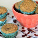 Muffins de manzana verde, arándanos y canela