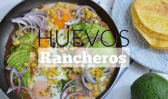 Huevos rancheros con salsa barbecue saludable