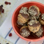 Trufas saludables de chocolate y blueberries
