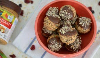 Trufas saludables de chocolate y blueberries