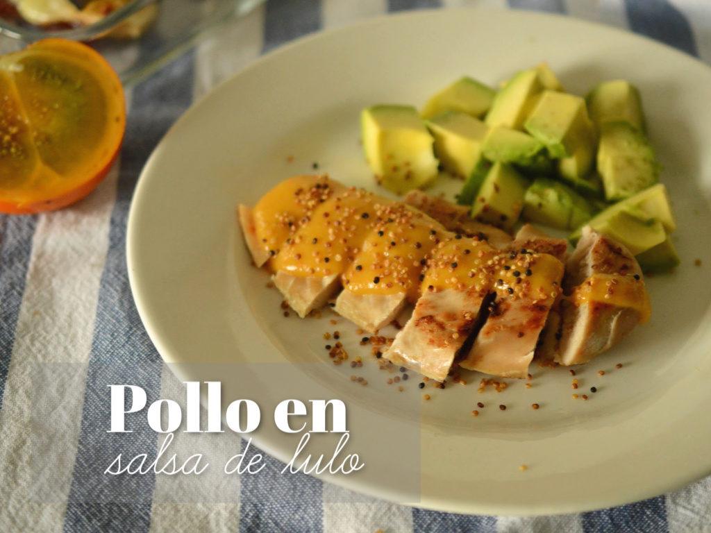 Pechuga de pollo en salsa de lulo con ensalada de aguacate.